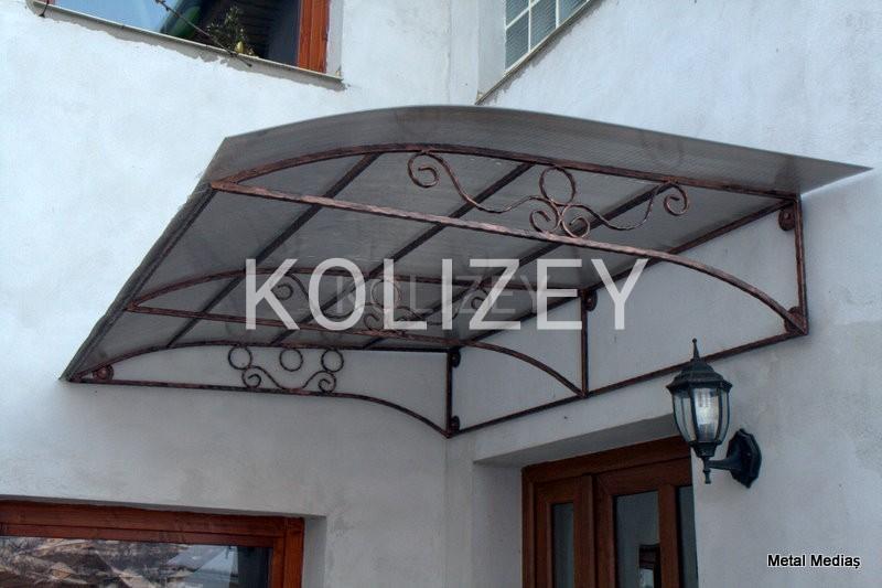 Kozeroq (Qapı üstü asma)